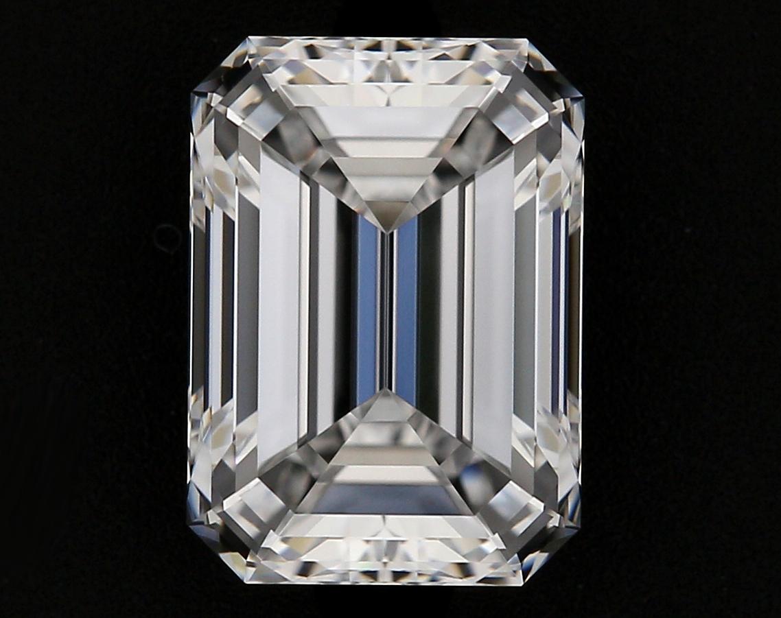 0.90ct Emerald D VVS1